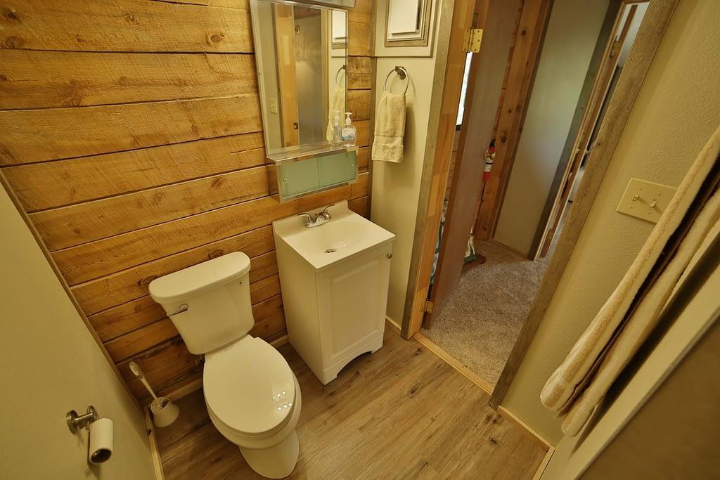 bathroom  Peak property management